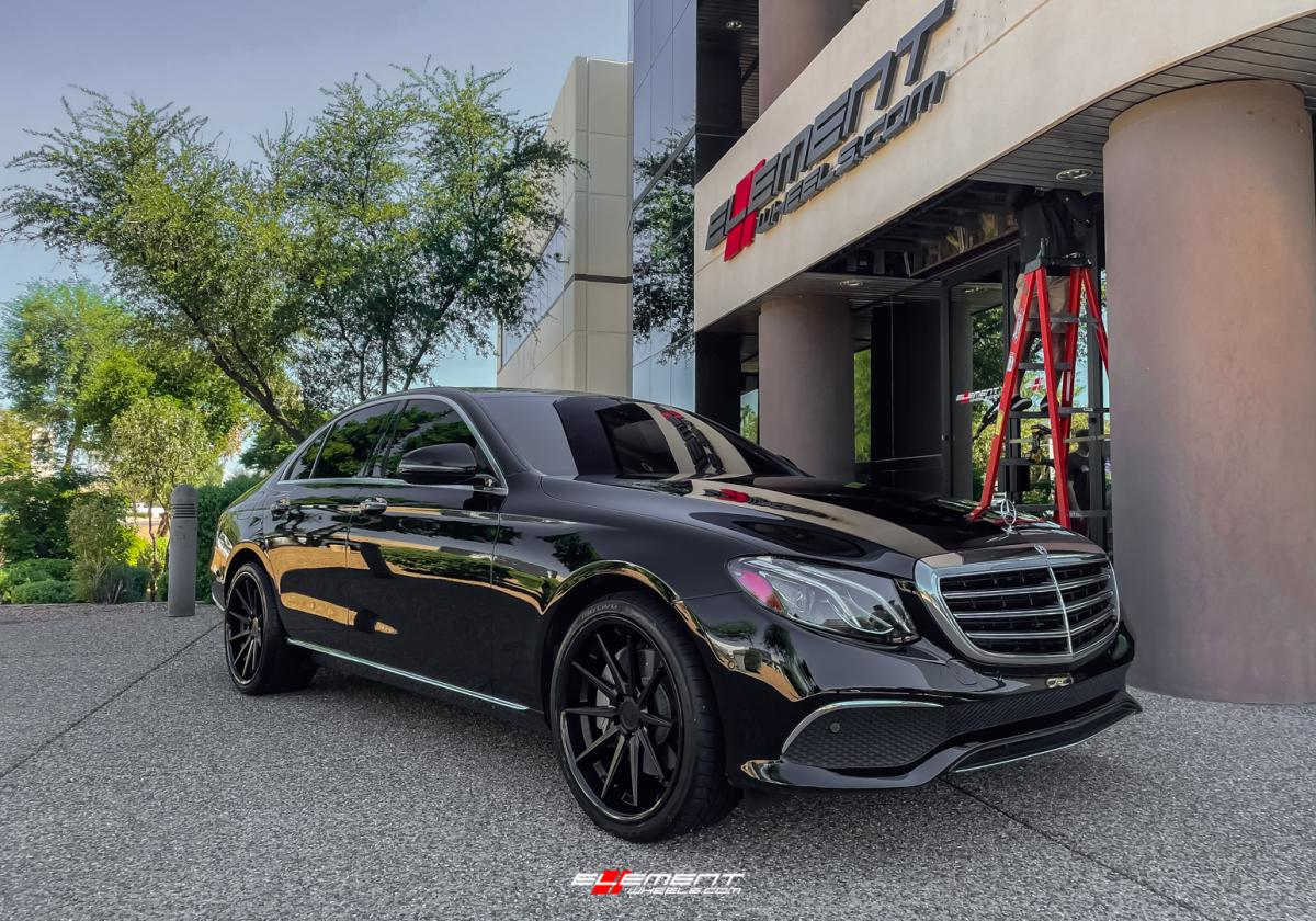 20 inch Staggered Ferrada FR4 Matte Black w/ Gloss Black Lip on a 2017 Mercedes Benz E300