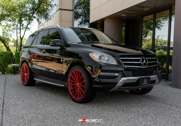 22 inch XO London Candy Red on a 2013 Mercedes Benz ML Class