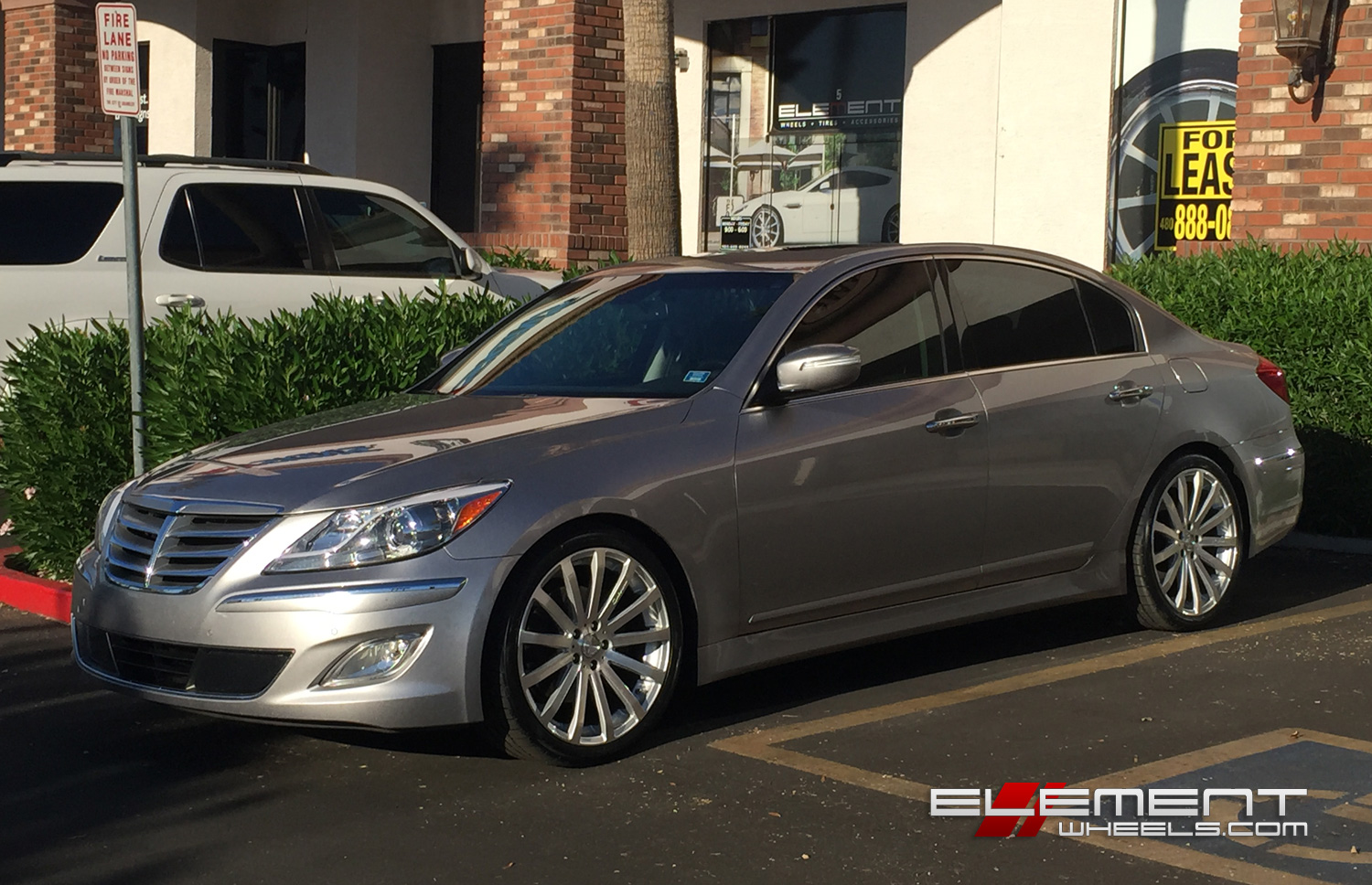 20 Inch Mrr Hr9 Wheels On 2012 Hyundai Genesis Sedan W