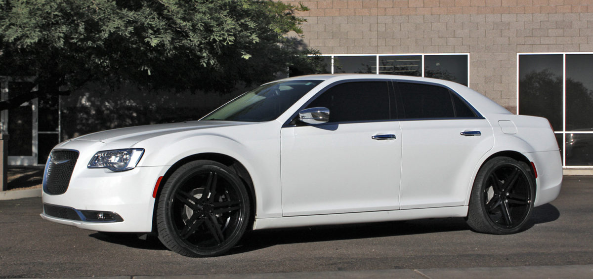 22 inch staggered verde v39 parallax all gloss black on a 2016 chrysler 300 w specs element. Black Bedroom Furniture Sets. Home Design Ideas
