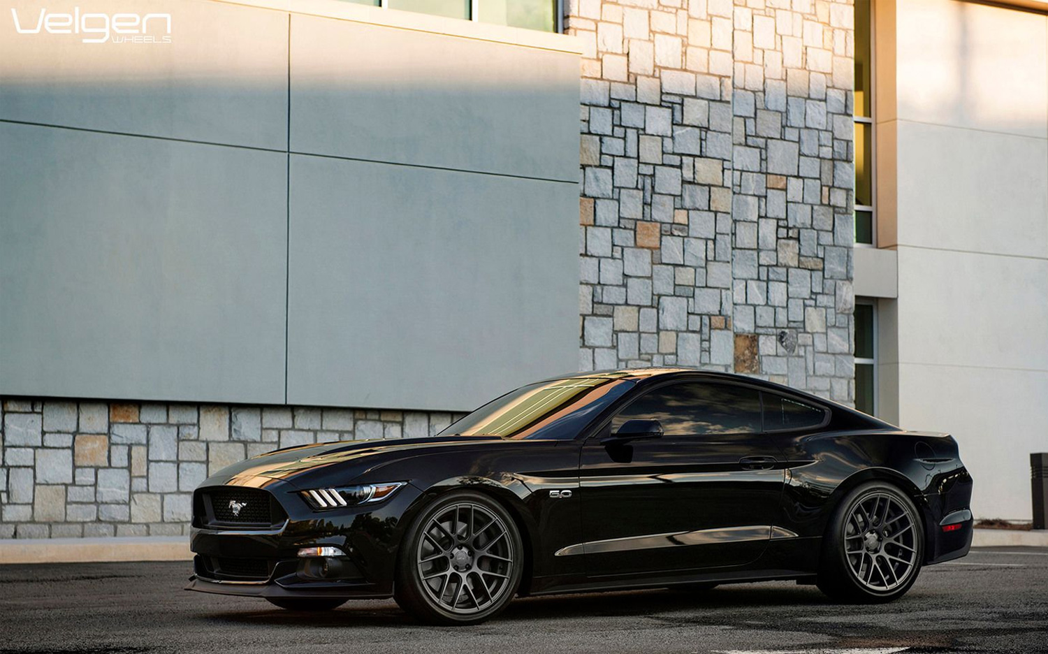 20 Inch Staggered Velgen Vmb7 Matte Gunmetal On 2015 Ford