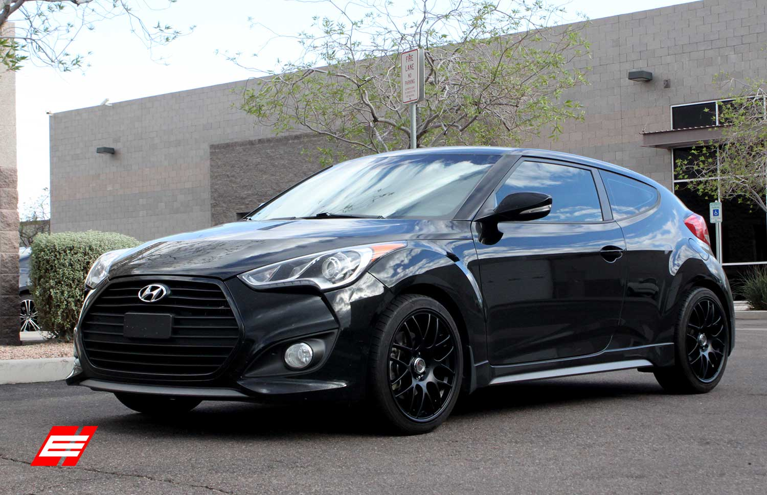 18 inch drag dr34 matte black on 2013 hyundai veloster. Black Bedroom Furniture Sets. Home Design Ideas